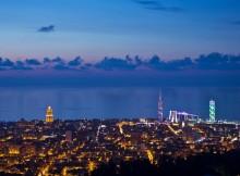La vista su Batumi dalla collina. Fonte: babillontower.com