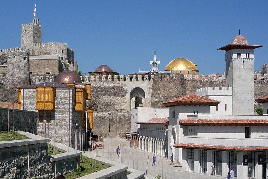 Le mura della Fortezza Rabati. Foto: formula1georgia.com